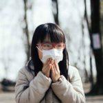 マスクで新型コロナウイルス感染防止イメージ