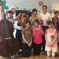 オーケストラの方を招いてミニ音楽祭を開催